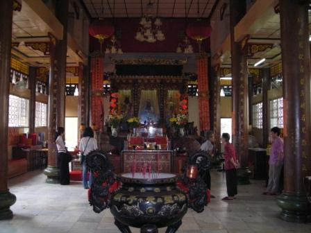 buddhist temple in manila chinatown
