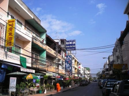main street in vientiane chinatown