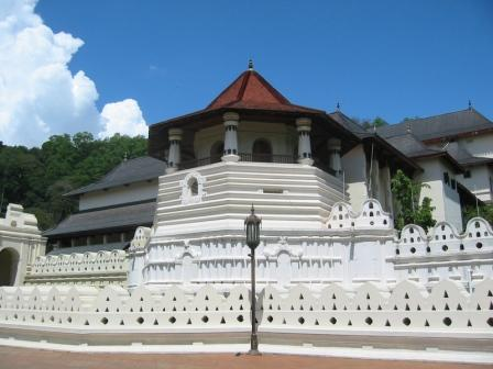 tooth relic temple sri lanka