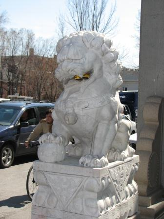 lion montreal chinatown